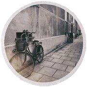 Street Photo Bicycle Round Beach Towel
