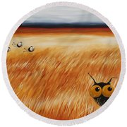 Stressie Cat And Crows In The Hay Fields Round Beach Towel