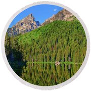 String Lake Morning Mirror Round Beach Towel