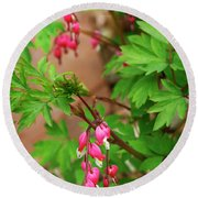 String Of Bleeding Hearts Round Beach Towel