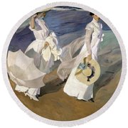 Strolling Along The Seashore Round Beach Towel