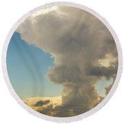 Strong Storms In South Central Nebraska 001 Round Beach Towel