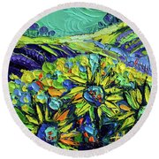 Summer In Provence Round Beach Towel