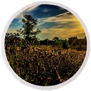 Sun Setting At Valley Forge Round Beach Towel