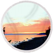 Sundown From West Vancouver Round Beach Towel