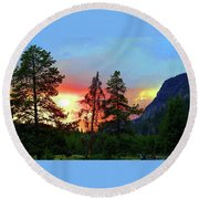 Sundown In Yellowstone Round Beach Towel