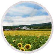 Sunflower Country Landscape  Round Beach Towel