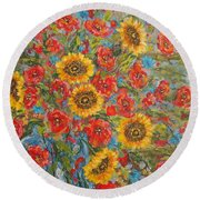 Sunflowers In Blue Pitcher. Round Beach Towel