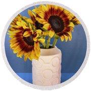 Sunflowers In Circle Vase Tournesols Round Beach Towel