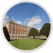 Sunny Day At Hampton Court Palace London Uk Round Beach Towel