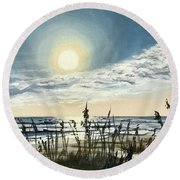 Sunny Morning On Crescent Beach Round Beach Towel