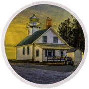 Sunrise At Mission Point Light Round Beach Towel