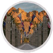 Sunrise At Mount Rushmore Promenade Round Beach Towel
