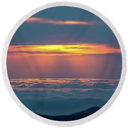 Sunrise At The Top Of The World Round Beach Towel