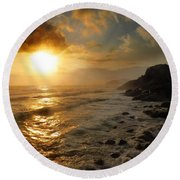 Sunrise By The Rocks Round Beach Towel