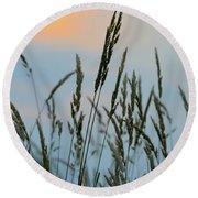 Sunrise Over Grass Round Beach Towel