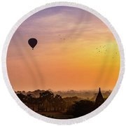 Sunrise With Balloons Round Beach Towel