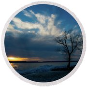 Sunset Along The Mississippi River Round Beach Towel
