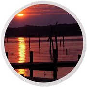 Sunset At Colonial Beach Round Beach Towel