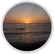 Sunset At Eljio Beach California Round Beach Towel
