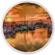 Sunset At Fisherman's Cove Round Beach Towel