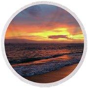 Sunset At Lahaina On Maui, Hawaii Round Beach Towel