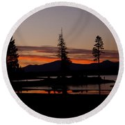 Sunset At Lake Almanor 02 Round Beach Towel