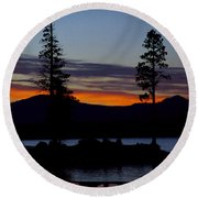 Sunset At Lake Almanor Round Beach Towel