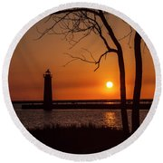 Sunset At The Lighthouse In Muskegon Michigan Round Beach Towel