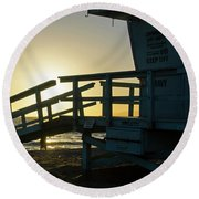 Sunset Behind A Lifeguard Station On Venice Beach Ca Round Beach Towel