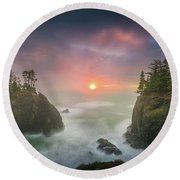 Sunset Between Sea Stacks With Trees Of Oregon Coast Round Beach Towel