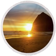 Sunset By Haystack Rock At Cannon Beach Round Beach Towel