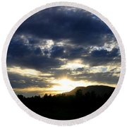 Sunset From Mcarthur Island Round Beach Towel