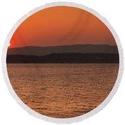 Sunset In Lassi Round Beach Towel