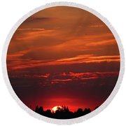 Sunset In The City Round Beach Towel