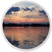 Sunset On Lake Mattoon Round Beach Towel