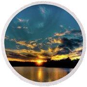 Sunset On Nicks Lake Round Beach Towel