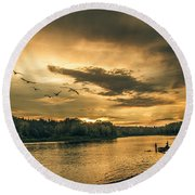 Sunset On The Willamette River Round Beach Towel