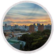 Sunset Over Clarke Quay And Fort Canning Park Round Beach Towel