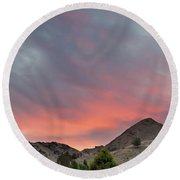 Sunset Over Farmland In Central Oregon Round Beach Towel