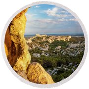 Sunset Over Les Baux Round Beach Towel