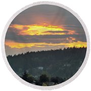 Sunset Over Mount Talbert In Happy Valley Round Beach Towel