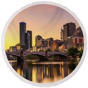 Sunset Over Skyscrapers Of Melbourne Downtown And Princes Bridge Round Beach Towel