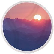 Sunset Over The Alps Round Beach Towel