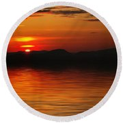 Sunset Reflection On The Lake Round Beach Towel