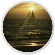 Sunset Through Sailboat Round Beach Towel