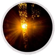 Sun Bursting Through The Trees, Chiloquin Oregon Round Beach Towel