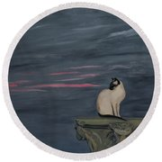 Sunset With A Siamese Cat On A Balustrade Round Beach Towel