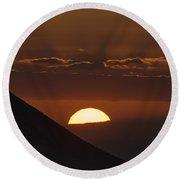 Sunset With Green Ray Phenomenon Round Beach Towel