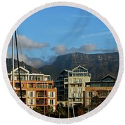 Sunset With Table Mountain Round Beach Towel